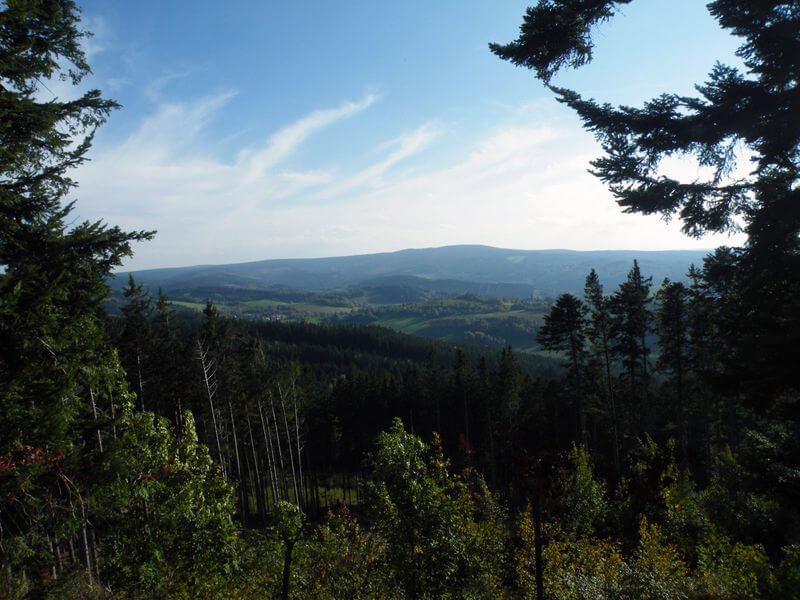 Krásný pohled na lesy pod Kašperkem
