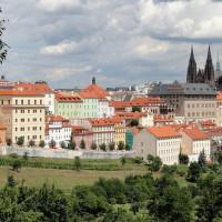 O bydlení v Praze je nebývalý zájem. Proč byste měli v metropoli bydlet právě vy?