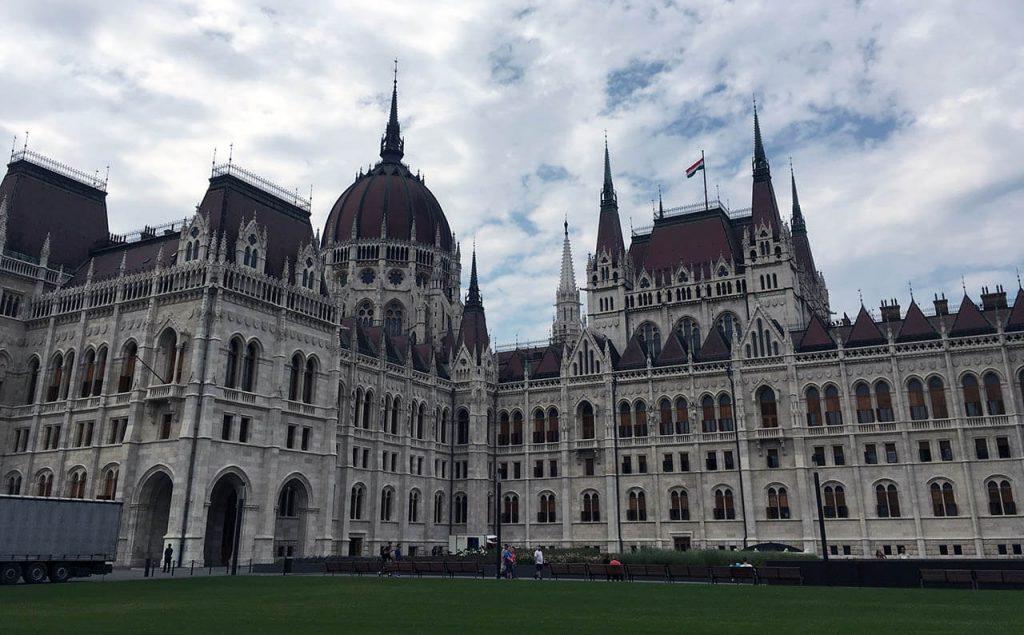 Krásná budova parlamentu
