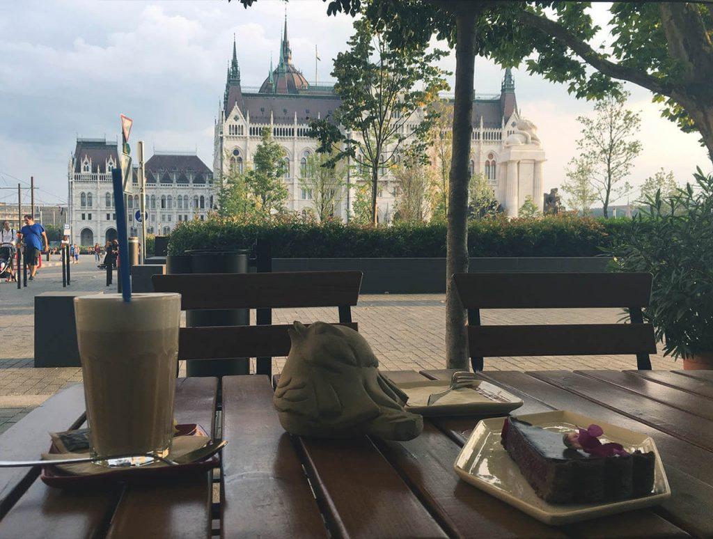 Na kávičce u parlamentu