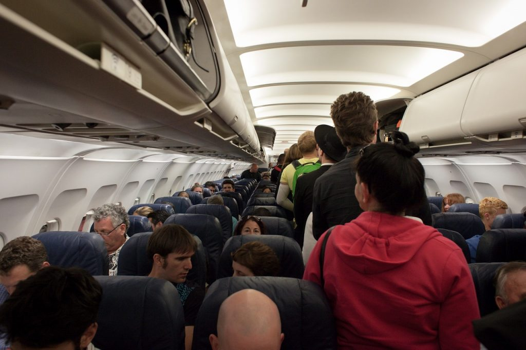 Interiér letadla, nástup do letadla